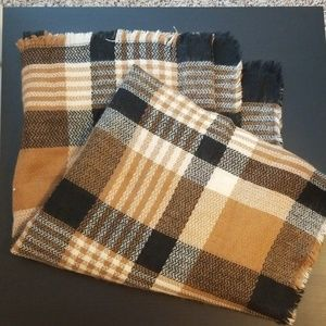 Accessories - Blanket Scarf
